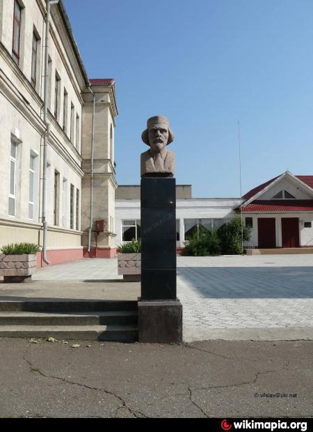 http://photos.wikimapia.org/p/00/02/61/31/25_big.jpg