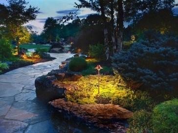 ideen für garten beleuchtung steindeko akzentieren