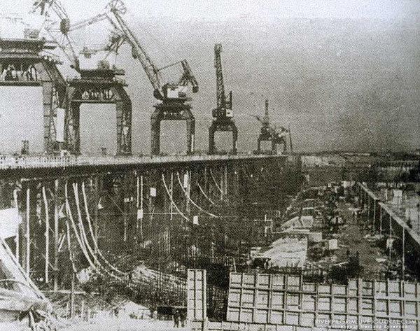 1951 год строительство платины