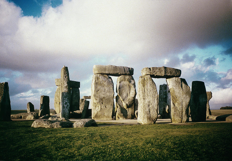 C:\Users\HP\Desktop\рабочая тетрадь\stonehenge-english-school.jpg