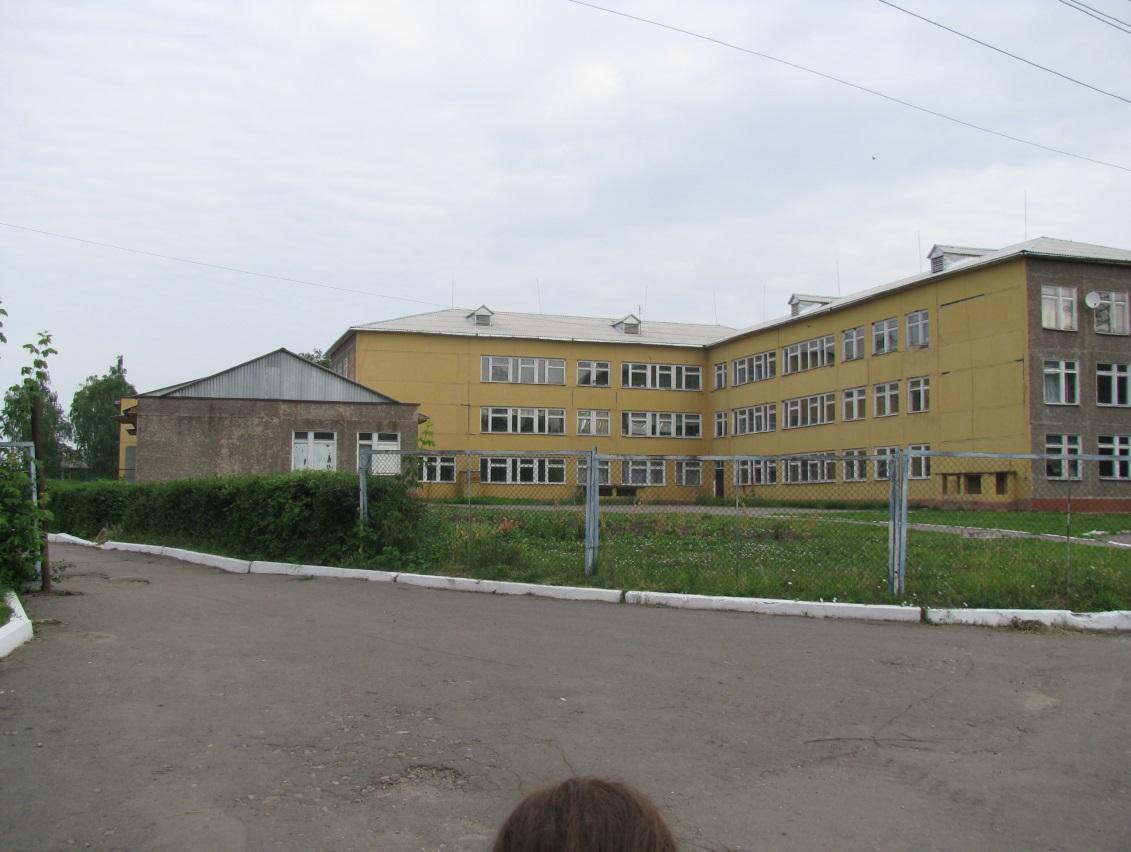 0102 Землянск, средняя школа