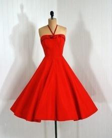 C:\Users\Sony\Desktop\ELEKTRON DERS 2 CI SINIF\HAZIR DERSLER\ONUN GEYIMI, HAVA VE GEYIM\SHEKILLER\73611234_3805318_vintage_red_dress_3.jpg