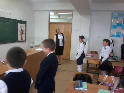 C:\Users\User\Desktop\Мастер класс ноябрь Олефир\дети танцуют физюминутку.jpg