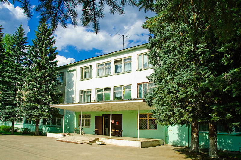 http://isk-zapad.ru/adds/upl_795_raion_school.jpg