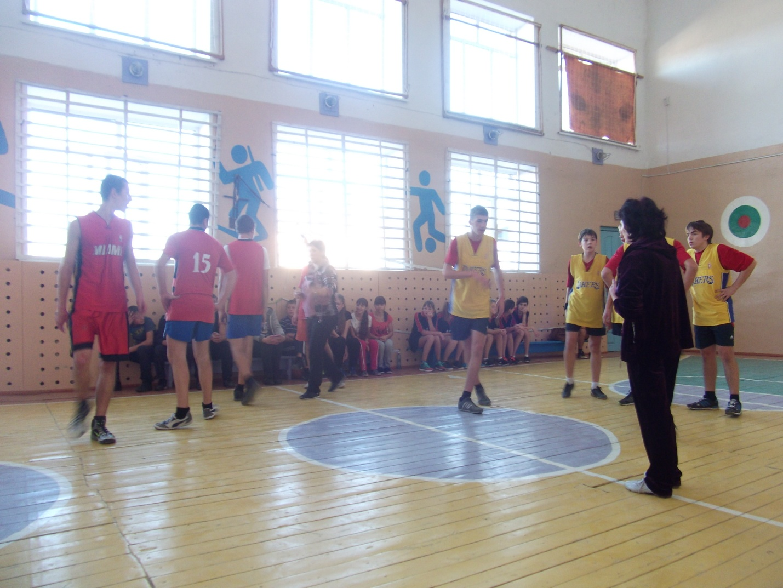 C:\Users\Андрей- П\Desktop\фото баскетбол 2015г\DSCF3568.JPG