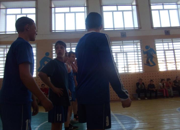 C:\Users\Андрей- П\Desktop\фото баскетбол 2015г\DSCF3683.JPG