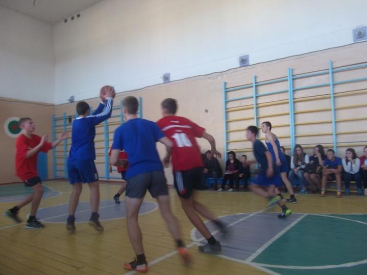 C:\Users\Андрей- П\Desktop\фото баскетбол 2015г\DSCF3862.JPG