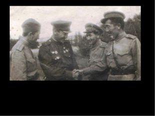 Литработник капитан Аскар Закарин, Герой Советского Союза майор Малик Габдул