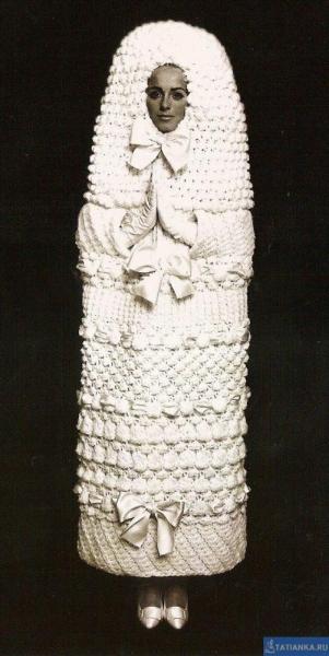 Деревянная матрешка - современный дизайн традиционной деревянной заготовки. Матрешка - она же matryoshka, matrioshka или babushka doll