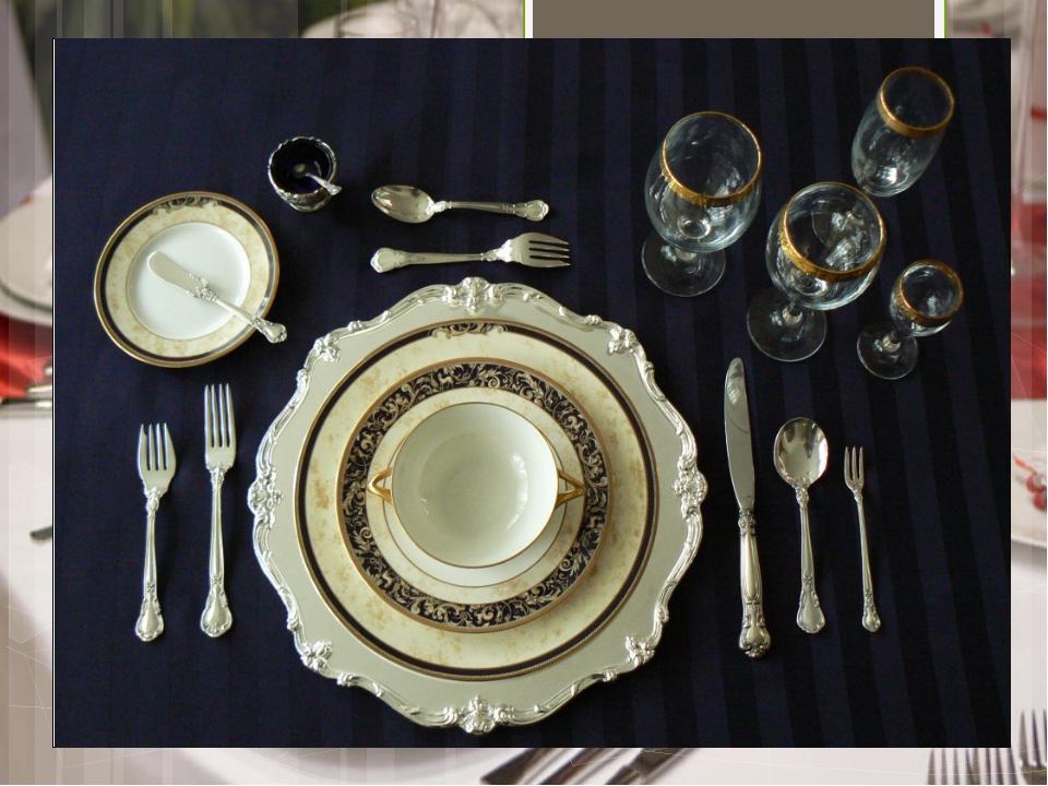 Обед: суп, второе и десерт