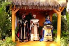 http://2.bp.blogspot.com/-RABgZjrjQGI/UJiT6eLXfaI/AAAAAAAAA0w/w72yW1cDbxg/s1600/12-29-08+Mexico+Three+Kings+10b.jpg