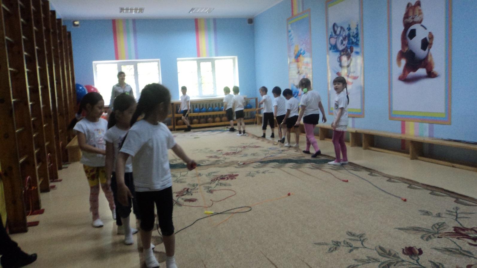 Описание: D:\Михална\Pictures\занятия, открытые просмотры\итоговые занятия 2012г\DSC03784.JPG