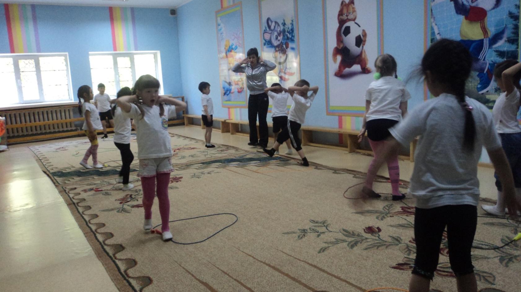 Описание: D:\Михална\Pictures\занятия, открытые просмотры\итоговые занятия 2012г\DSC03790.JPG