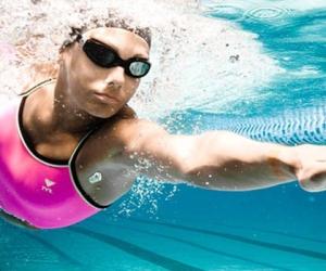 http://stroy-telo.com/images/domashnij-trening/kak-nauchitsya-pravilno-plavat-krolem.jpg