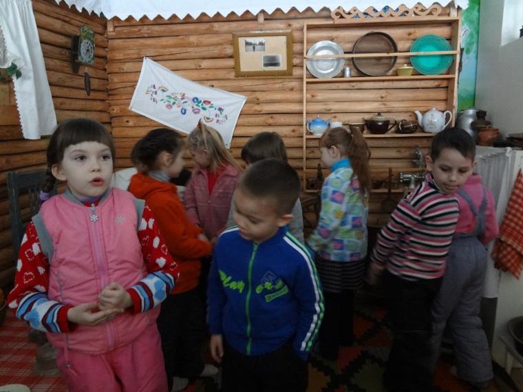 C:\Users\Садик\Documents\ФОТО\Дети в музее\DSC00581.JPG
