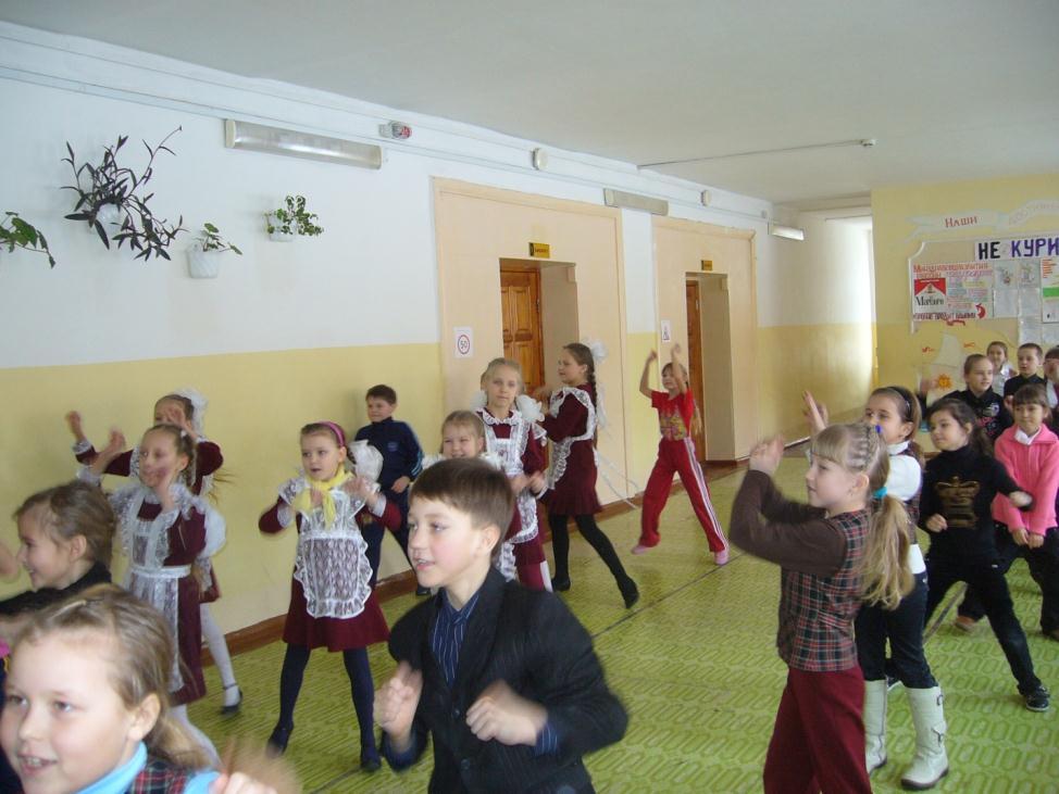 I:\фотографии\Оля и дети школа\P1010062.JPG