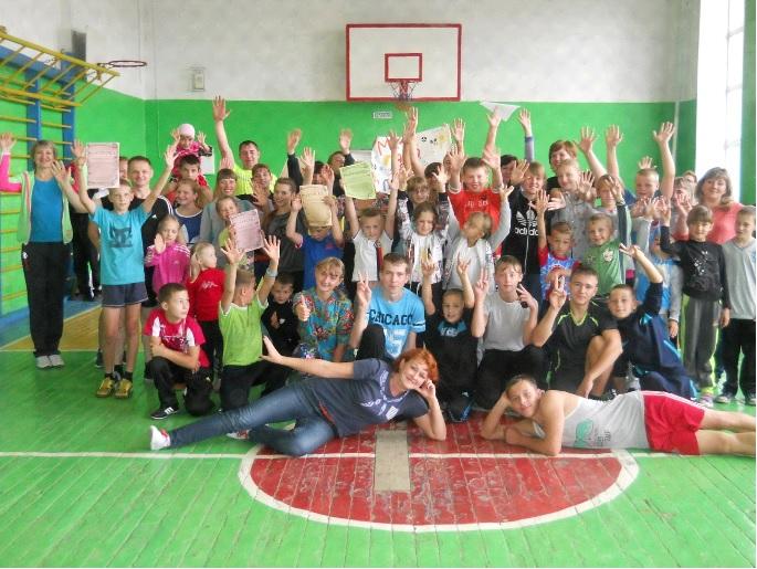 http://yashkino-shkola2.ru/images/foto/veselye_starty.jpg
