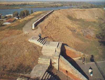 http://www.hrono.ru/land/russ/azov2valy.jpg