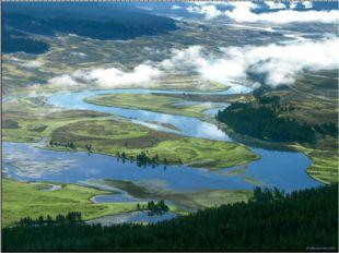 В США довольно много и рек, и озёр. Самая длинная речная система на земном ша