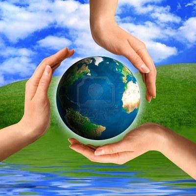 Концептуальной переработки символ из рук и небольшой концепции окружающей среды и экологии планеты Земля Фото со стока - 2010557