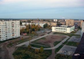 Сосногрск Школьный стадион.jpg