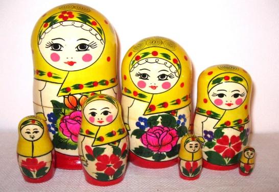 http://www.slav-museum.ru/wp-content/gallery/matreshka/nastya-7-k-3.jpg