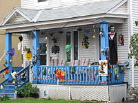 200px-Halloween_decorations,_Sandy_Hill,_Ottawa.jpg