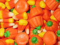 200px-Candy_corn_and_candy_pumpkins_closeup,_October_2006.jpg