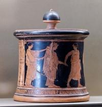 570px-Pyxis_Peleus_Thetis_Louvre_L55.jpg