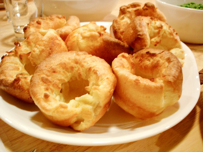 http://myculinary.net/wp-content/uploads/2014/12/Yorkshire_Pudding.jpg