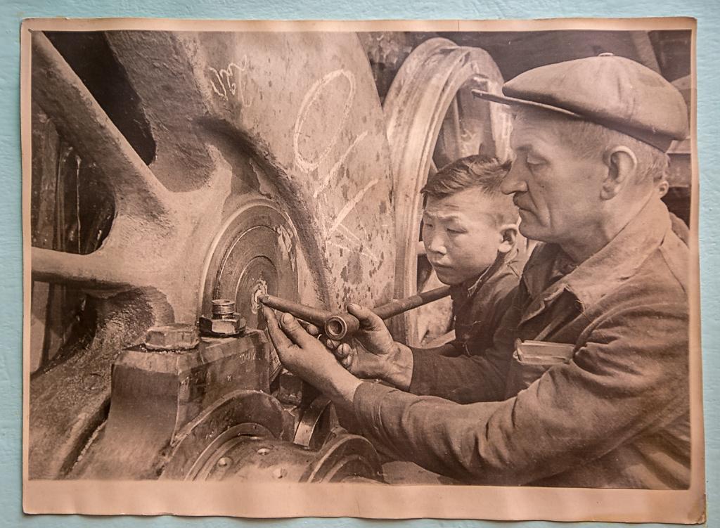 На фото из музея ЛВРЗ - военные будни завода, Фото с места события собственное