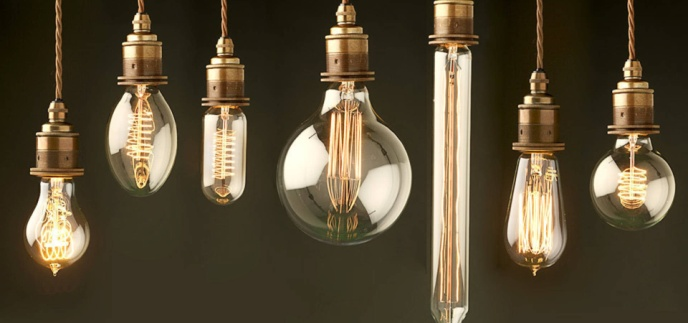 https://res.cloudinary.com/homify/a_0,c_fill,h_900,q_70,w_1920/v1439424959/p/photo/image/504659/Full-set-Bulbs-flat.jpg