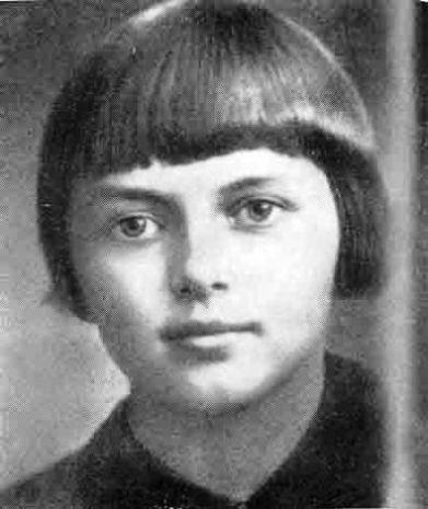 http://biograf-book.narod.ru/personalii/15/portreti/portnova.jpg
