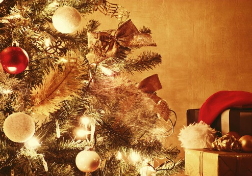 http://images.fineartamerica.com/images-medium-large-5/christmas-tree-with-gifts-wim-lanclus.jpg