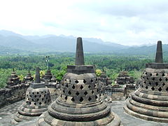 Описание: http://upload.wikimedia.org/wikipedia/commons/thumb/6/6c/Borobudur_2008.JPG/240px-Borobudur_2008.JPG