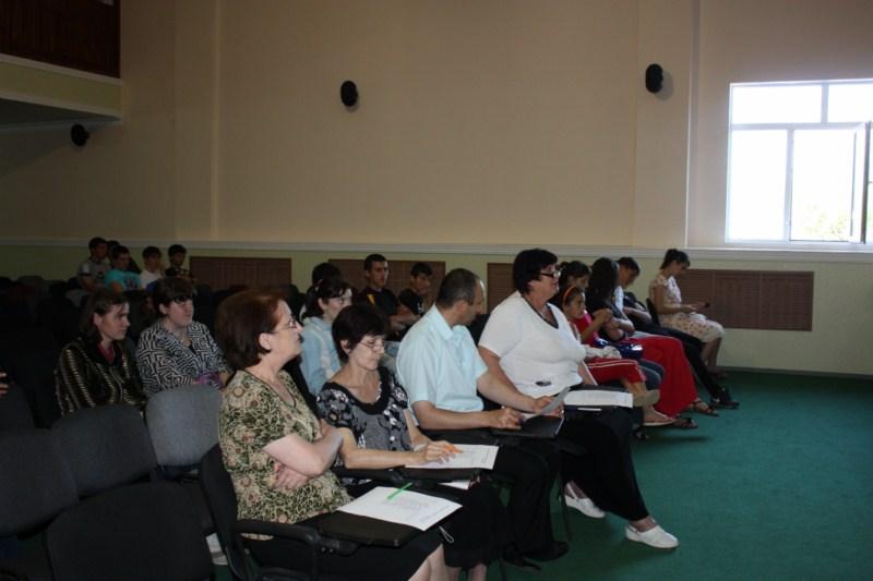 F:\день учителя фото-2012\День осетинского языка\img_0662 1600x1200.jpg