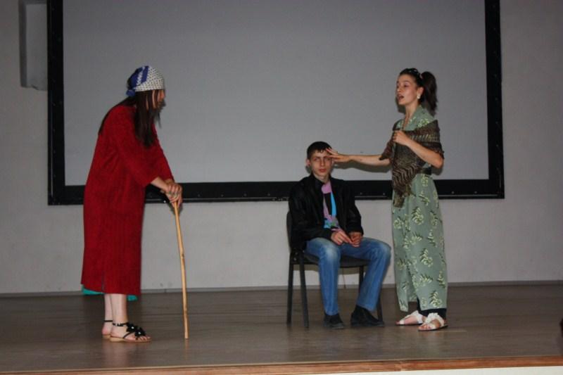 F:\день учителя фото-2012\День осетинского языка\img_0683 1600x1200.jpg