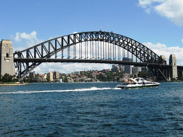 Мост Харбор-Бридж в Сиднее