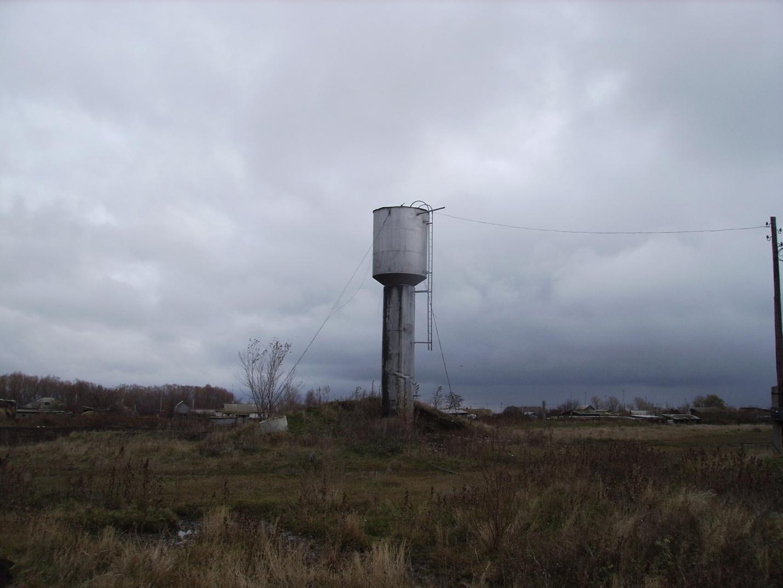 Water_tower.JPG
