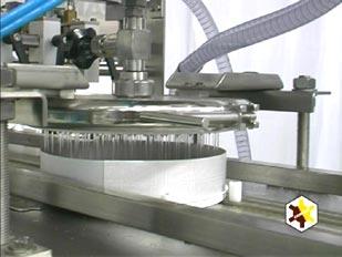 http://www.topp.ru/img/comas/lth/comas-lth-layer-cake-line-syrup-depositor.jpg