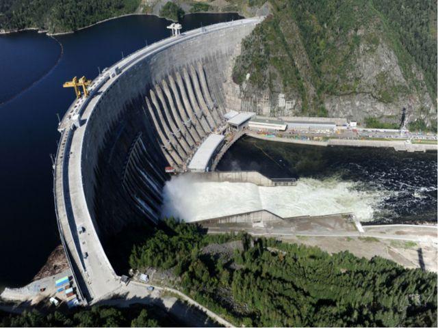 Глобальный этап Новые масштабы воздействия на природу. Разрушения охватывают...