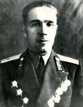 http://moypolk.ru/sites/default/files/styles/soldier_photo/public/photos/img_1298.jpg?itok=k7e9_yO2