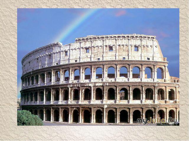 При императореМакринеон сильно пострадал от пожара, но был реставрирован п...