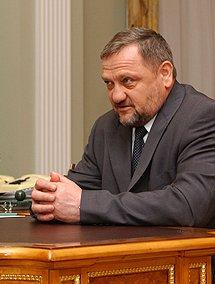 http://www.soldati-russian.ru/Akhmad_Kadyrov.jpg