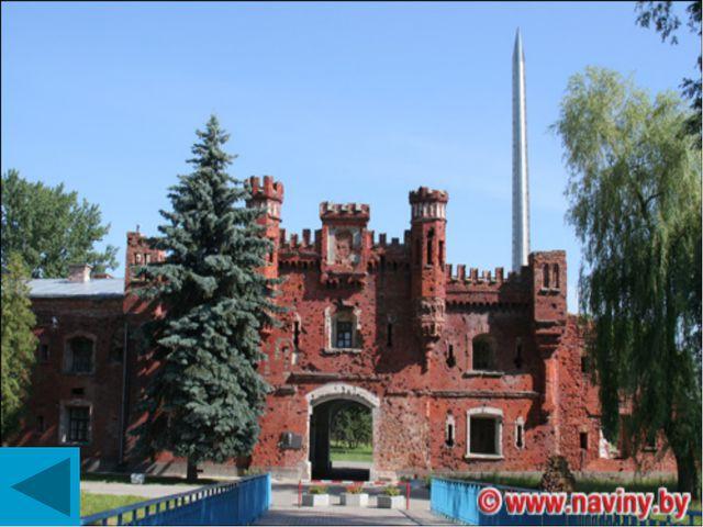Памятник воинам в Смоленске