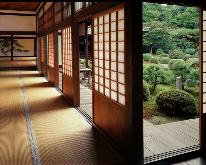 C:\Documents and Settings\Admin\Мои документы\Мои рисунки\картинки япония\japan house inside.jpg