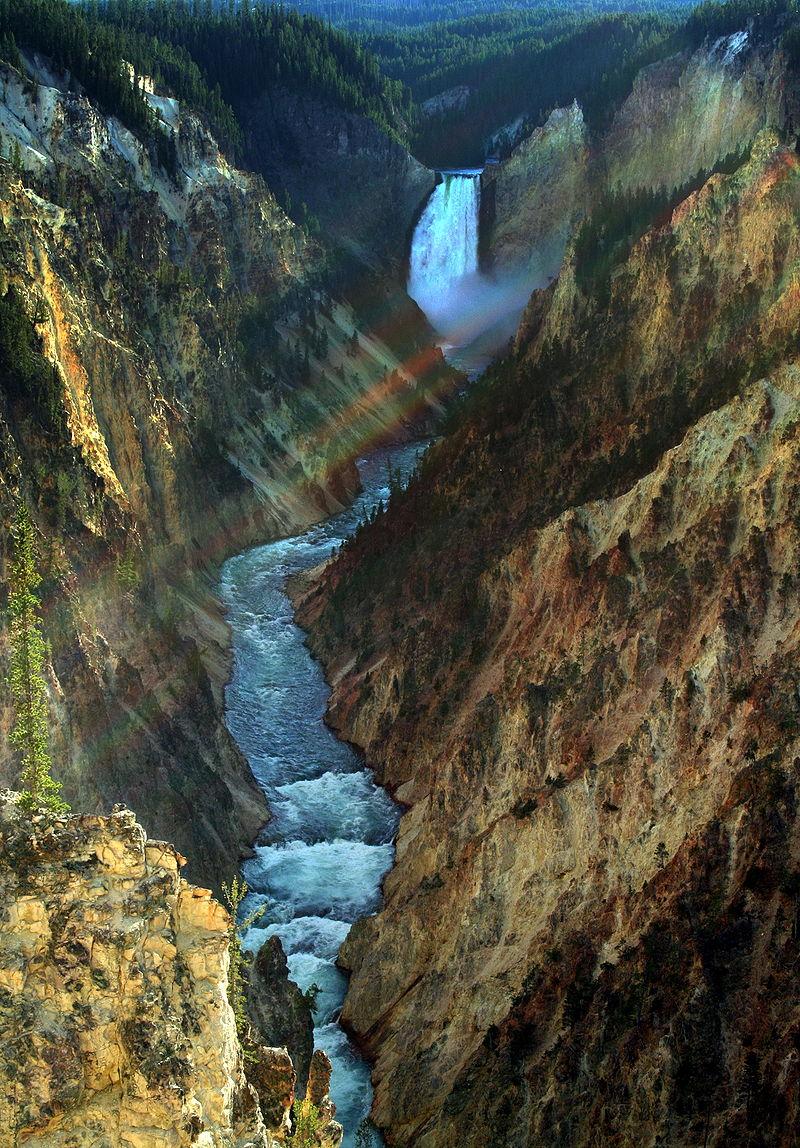 https://upload.wikimedia.org/wikipedia/commons/thumb/a/a6/Yellowstone_-_Lower_Falls_edit1.JPG/800px-Yellowstone_-_Lower_Falls_edit1.JPG