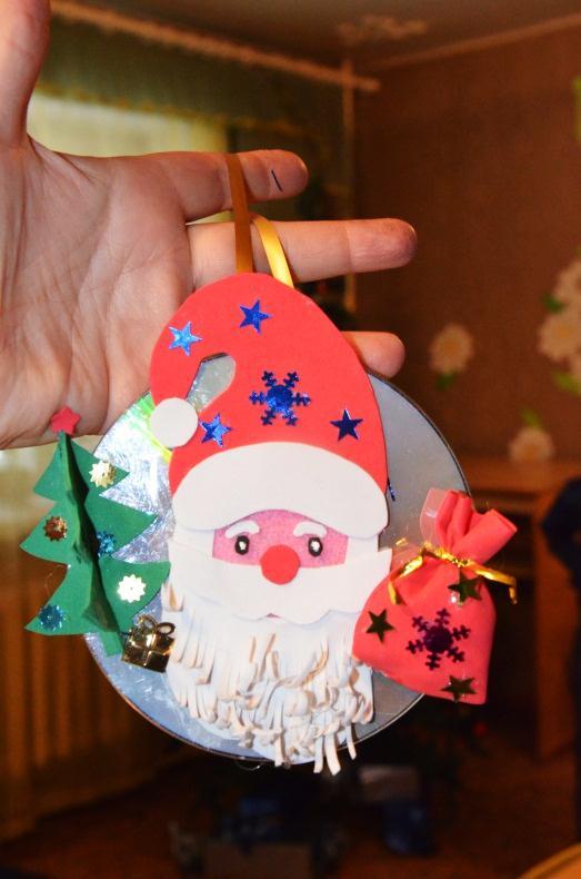 C:\Users\Viktoria\Desktop\Фото игрушки Миши на конкурс\2012-06-03 17-07-48.JPG