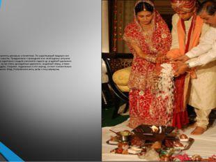 Индийские свадьбы всегда славились роскошью и богатством. По существующей тра