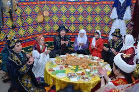 Картинки по запросу картинки национальные блюда на столе казахов